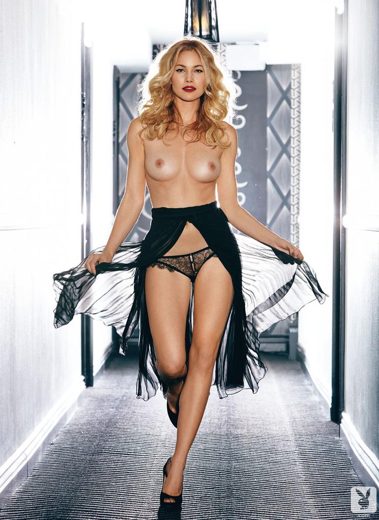 Carrie tropeano naked